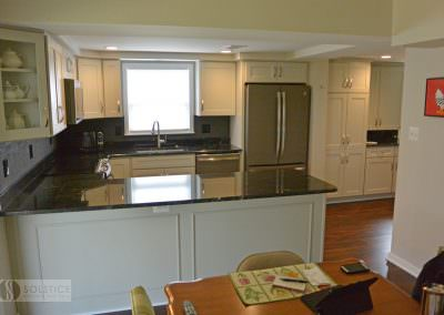 Warm-Traditional-Kitchen-gallery-img-3