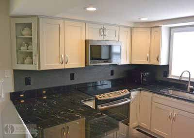 Warm-Traditional-Kitchen-gallery-img-7